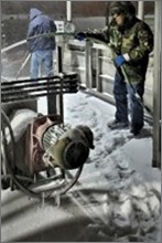 Icy pump station